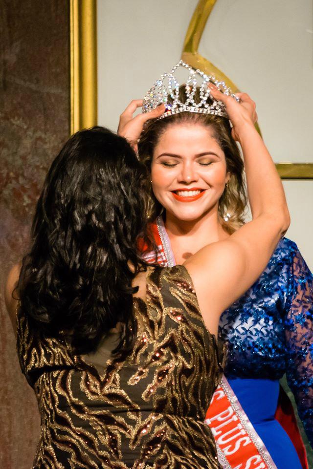 Miss-Minas-Gerais-Plus-Size-2016-Miss-Minas-Gerais-Plus-Size-2016-foi-sucesso-Clube-das-Comadres-3