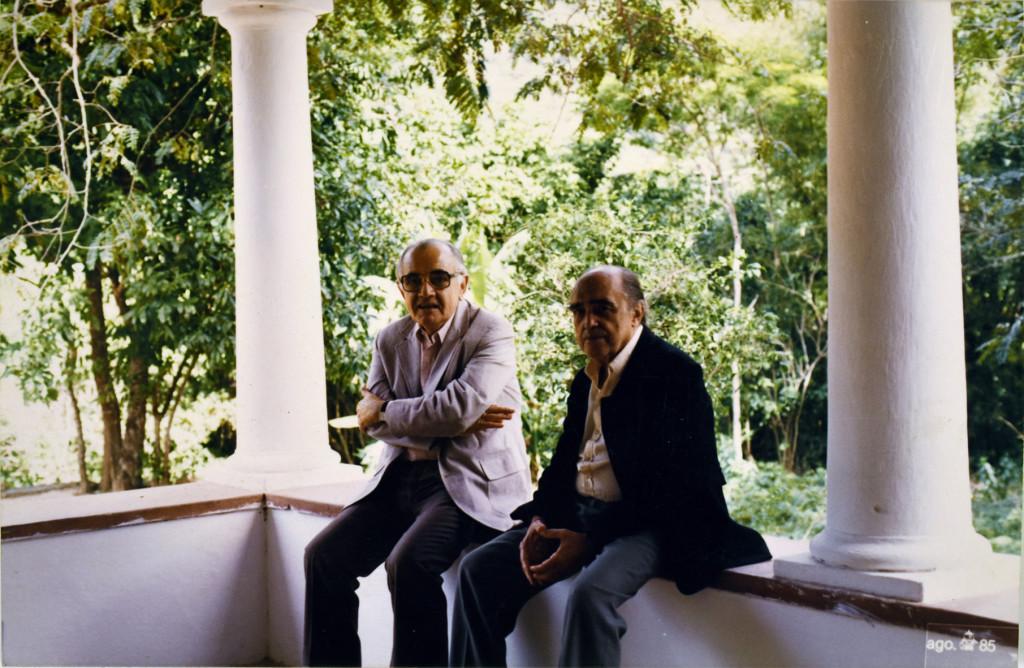 Athos Bulcão e Oscar Niemeyer - Crédito Acervo Fundação Athos Bulcão